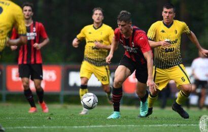 Milan-Modena: 10′ per entrare in partita, poi i gialli si riprendono (video 3′)