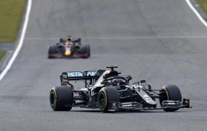 F1 / Silverstone / vince Hamilton, seconda Ferrari Leclerc