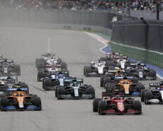 """F 1 / Sainz: """"Ottima partenza, il pit al momento giusto"""""""