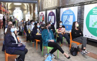 A Modena studenti portoghesi e polacchi ospiti dell'Ici