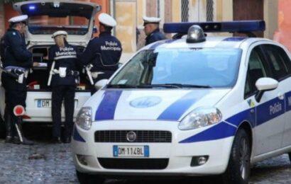 Parco Novi Sad, furto ed estorsione a un quindicenne davanti a scuola